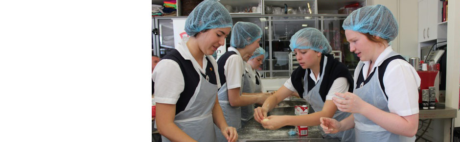SCEGGS, Darlinghurst students bake Scones for Good