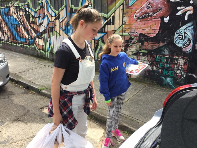Smiles and Lunches – giving back with meaning
