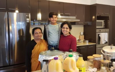 Leading by example – 3 generations cook for refugees